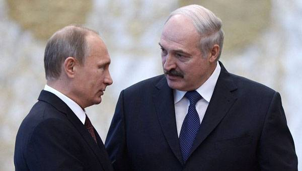 Putin Talks Lukashenko into New Elections and Union State, Says Political Scientist